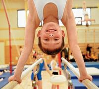 Детей и подростков привлекают к занятиям спортом